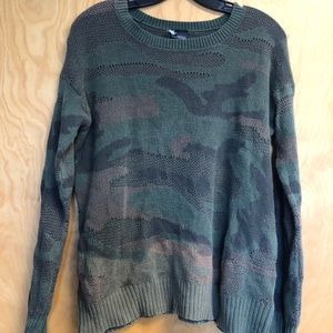 Sparkle and Fade Camo Sweater Size Small
